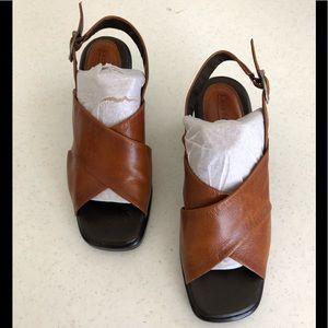 Easy Spirit Sandals 🏖